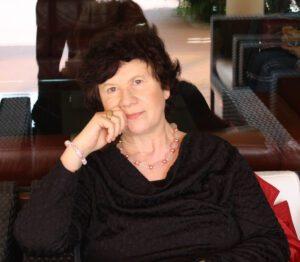 CINZIA LUIGIA CAVALLARO scrittrice